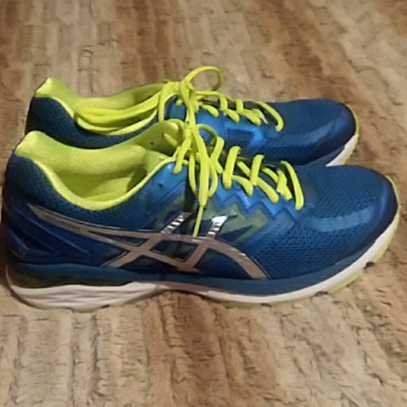 Asics Other - Asics Dynamic DuoMax Shoes